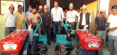 उखुखेती गर्ने किसानलाई अनुदानमा आधुनिक यन्त्र वितरण